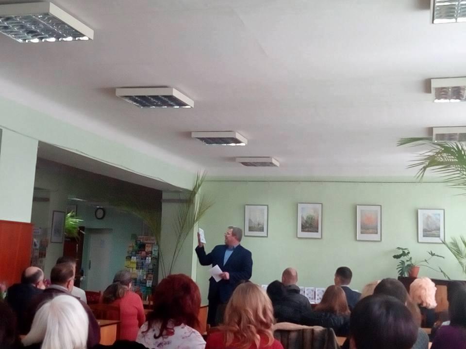 Чернігівські студенти і викладачі написали книгу (Фото)