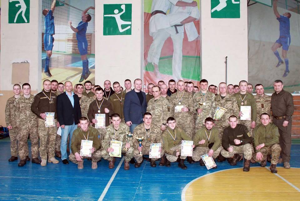 Серед військових визначили кращих із рукопашного бою (Фото)