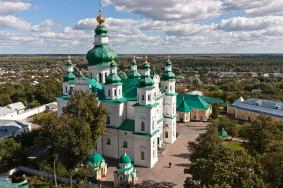 800px-Троїцький_монастир