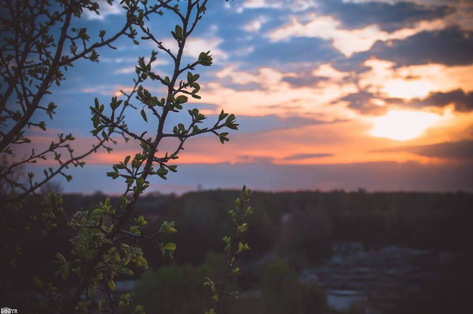 Нереальне небо над Черніговом (Фото)