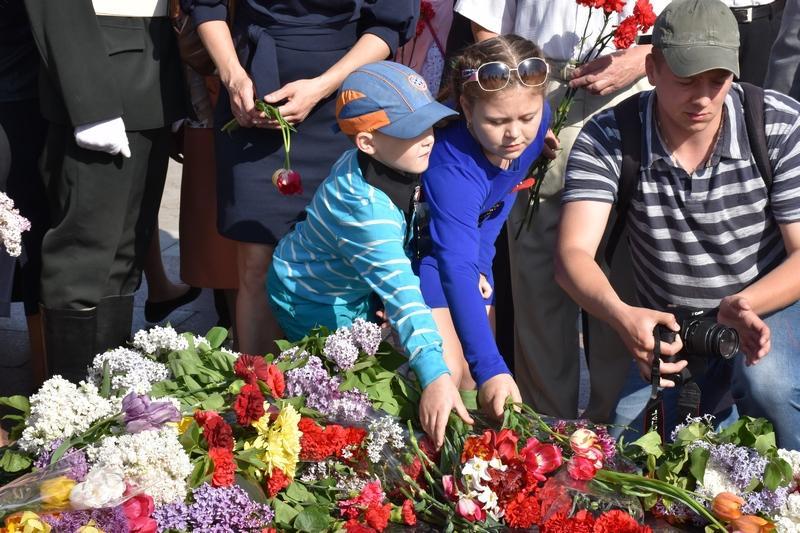 Чернігів відзначає 73-ю річницю визволення від фашистських загарбників (Фото)