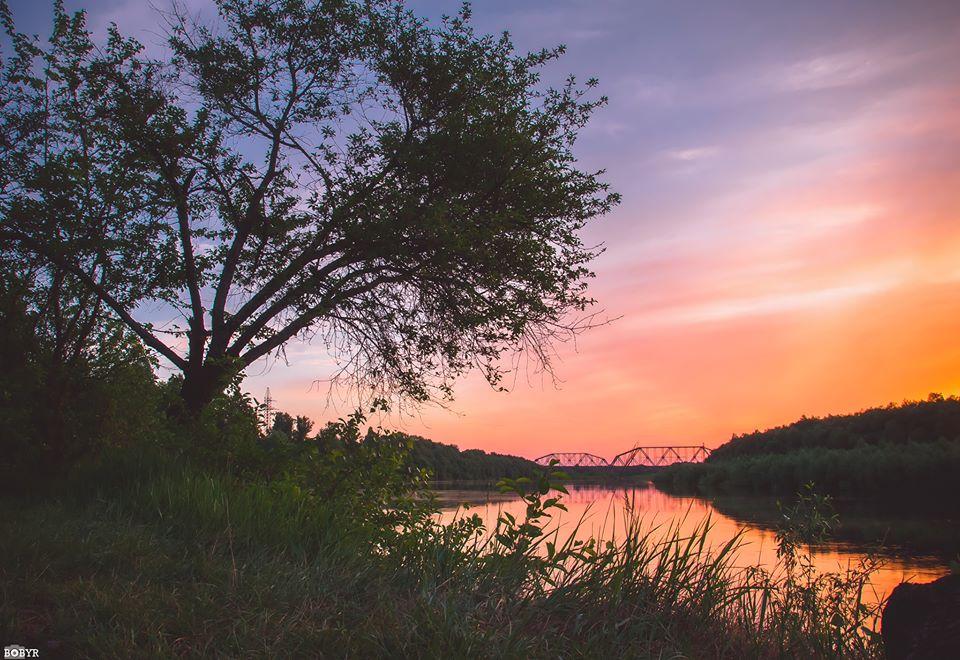 Коли місто ще спить: магічний схід сонця (Фото)