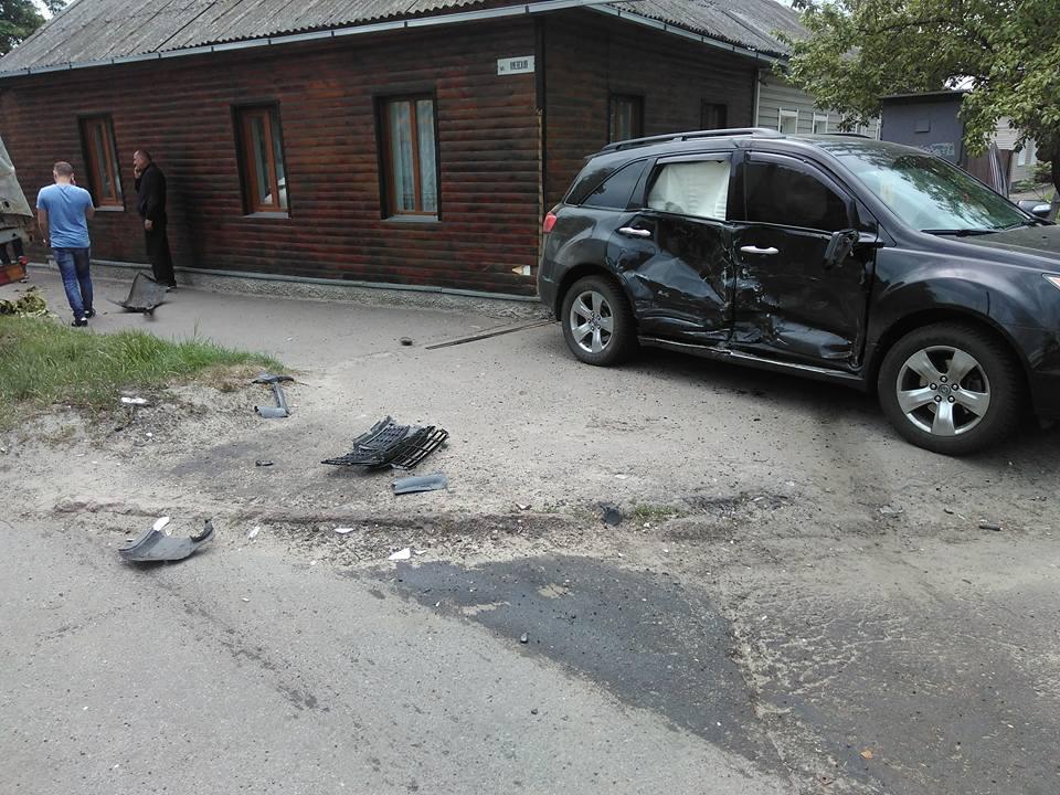 На перехресті Київської та Грибоєдова ДТП (Фото)