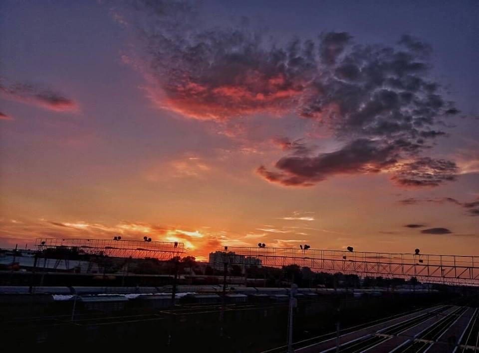 Вечірнє небо над Черніговом (Фото)