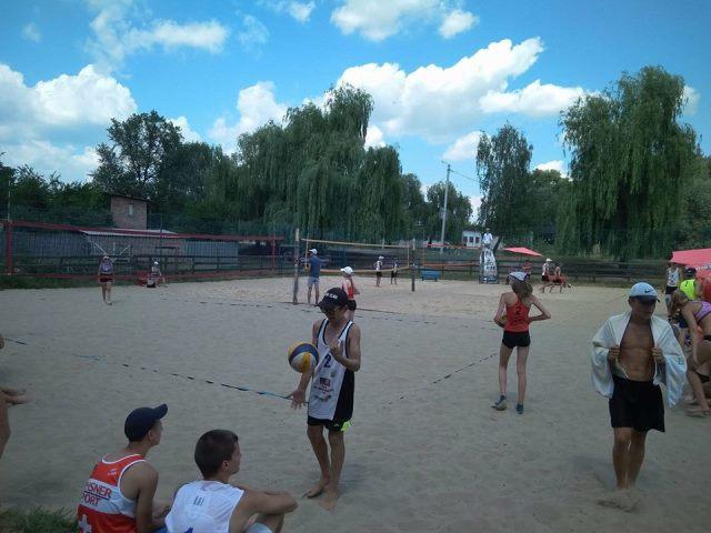 Відкритий чемпіонат області з пляжного волейболу визначив переможців (Фото)