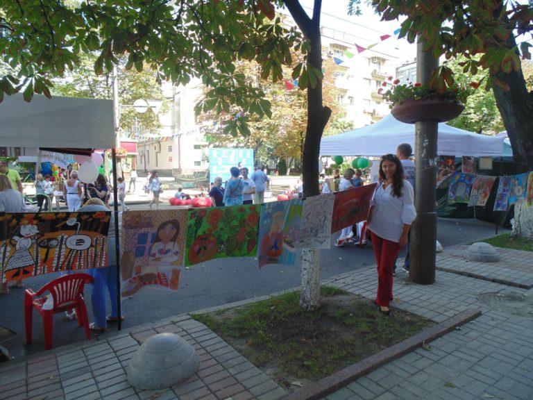 Ніжинські художники встановили рекорд України (Фото)