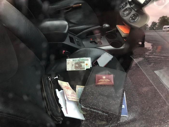 На хабарі викрили керівника державної виконавчої служби Чернігівщини