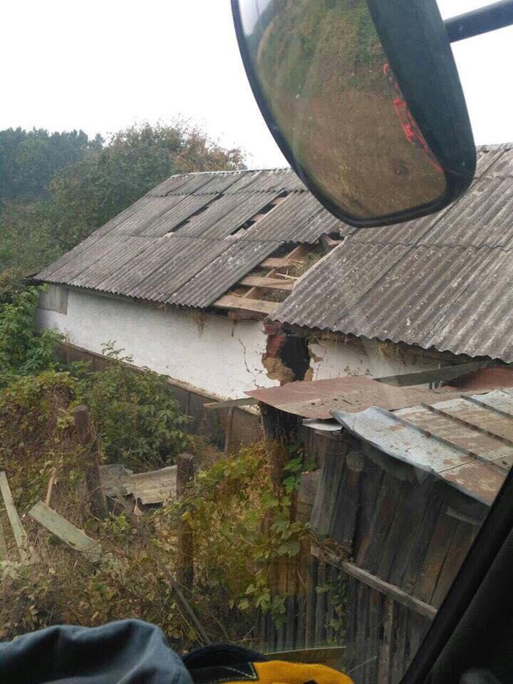 Моторошні фото розтрощених снарядами будинків (Фото)