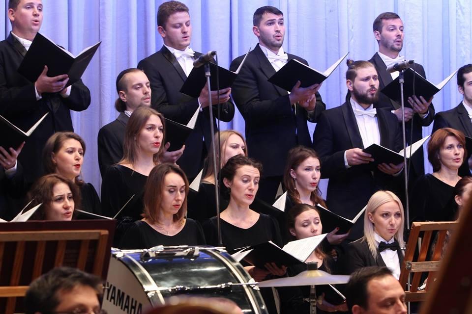 У Чернігові відбувся концерт-реквієм у пам'ять про жертв Голодомору (Фото)
