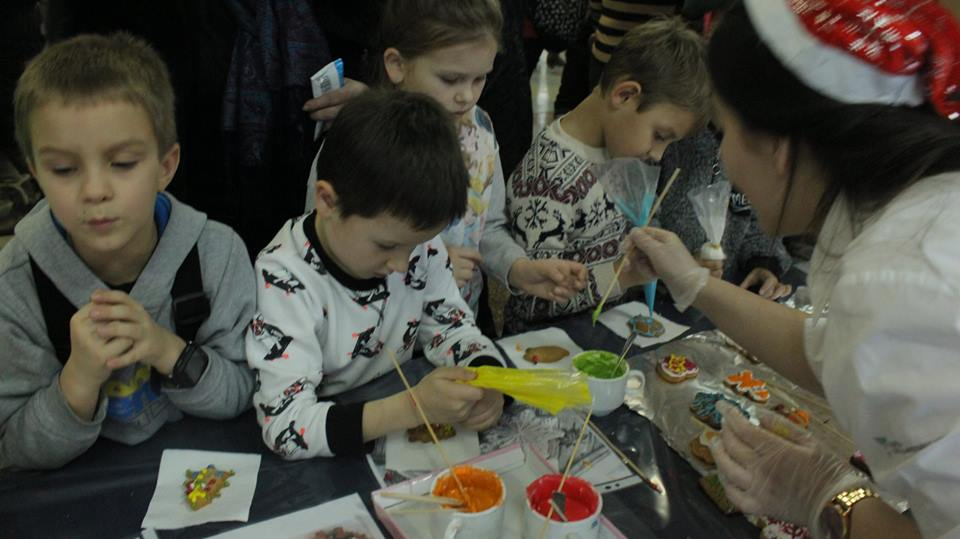 У Чернігові на солодкому фестивалі діти встановили рекорд