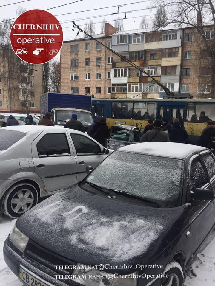 ДТП на вулиці Мазепи (Фотофакт)