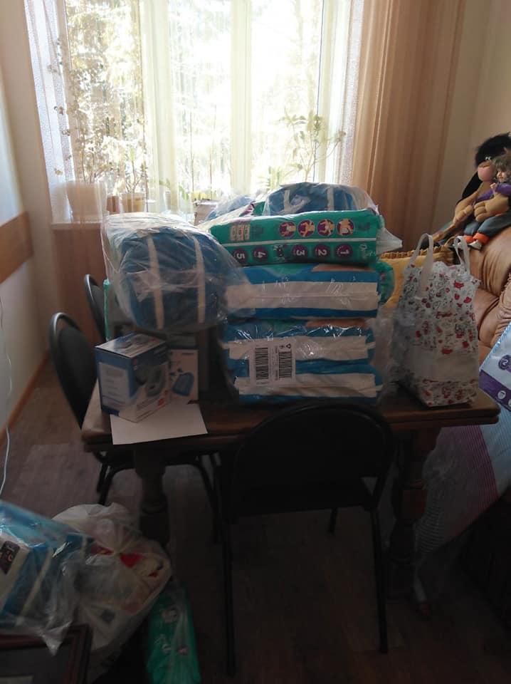 Чернігівські волонтери відвідали дитячий будинок у Прилуках (Фото)
