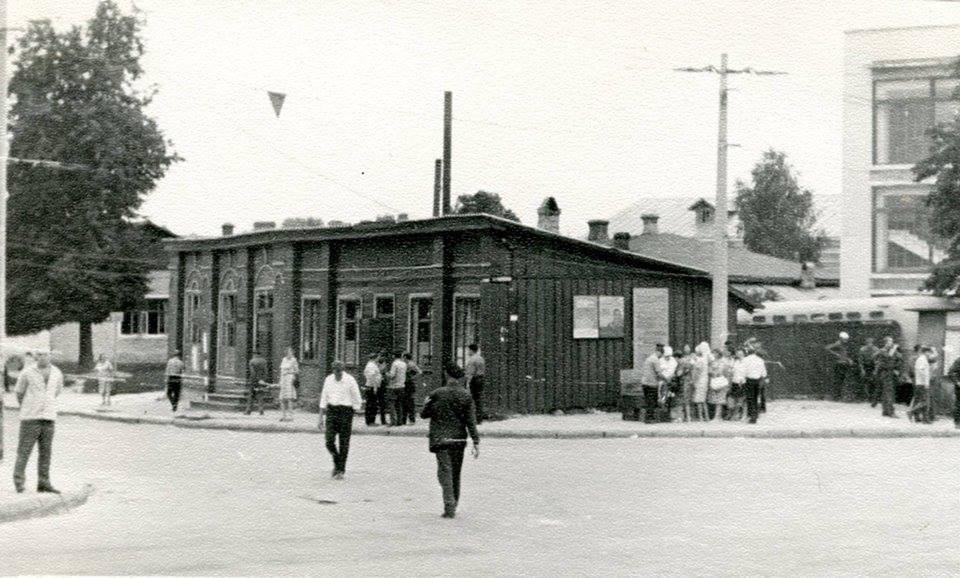 Базар, хати купців і поштовий двір: історія П'яти кутів (Фото)