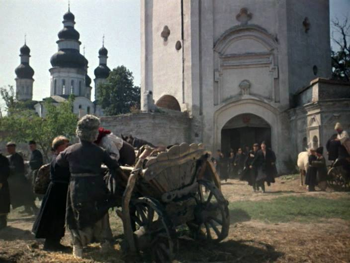 Чернігівський монастир у містичному фільмі (Фото)