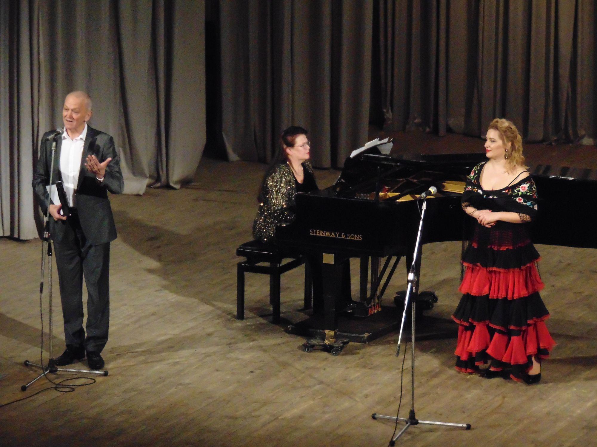У філармонії звучали «Мелодії Іспанії» Тетяни Асадчевої (Фото)