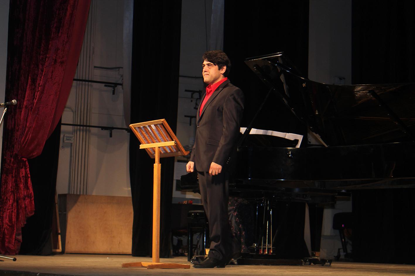 Іспанські мотиви на сцені філармонійного центру (Фото)