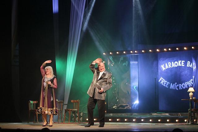 Чернігівці стали свідками романтичної історії у «Караоке-шоу «Вільний мікрофон» (Фото)