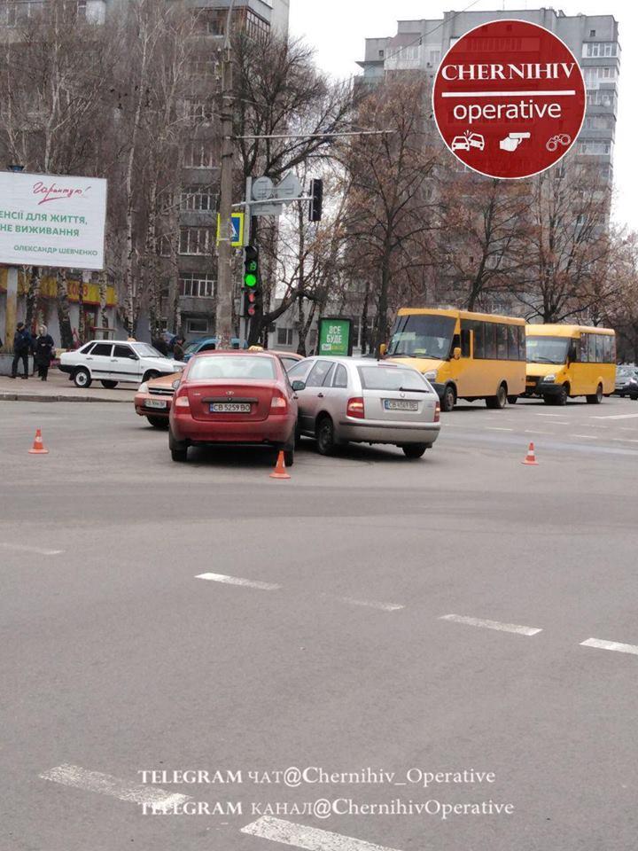ДТП на проспекті Перемоги (Фотофакт)