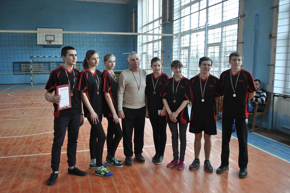 На Сосниччині юні волейболісти боролися за перемогу (Фото)