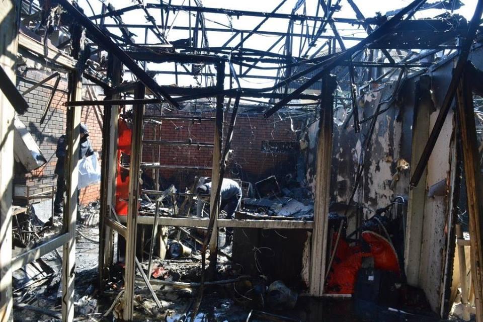 Подробиці пожежі на привокзальному ринку (Фото)