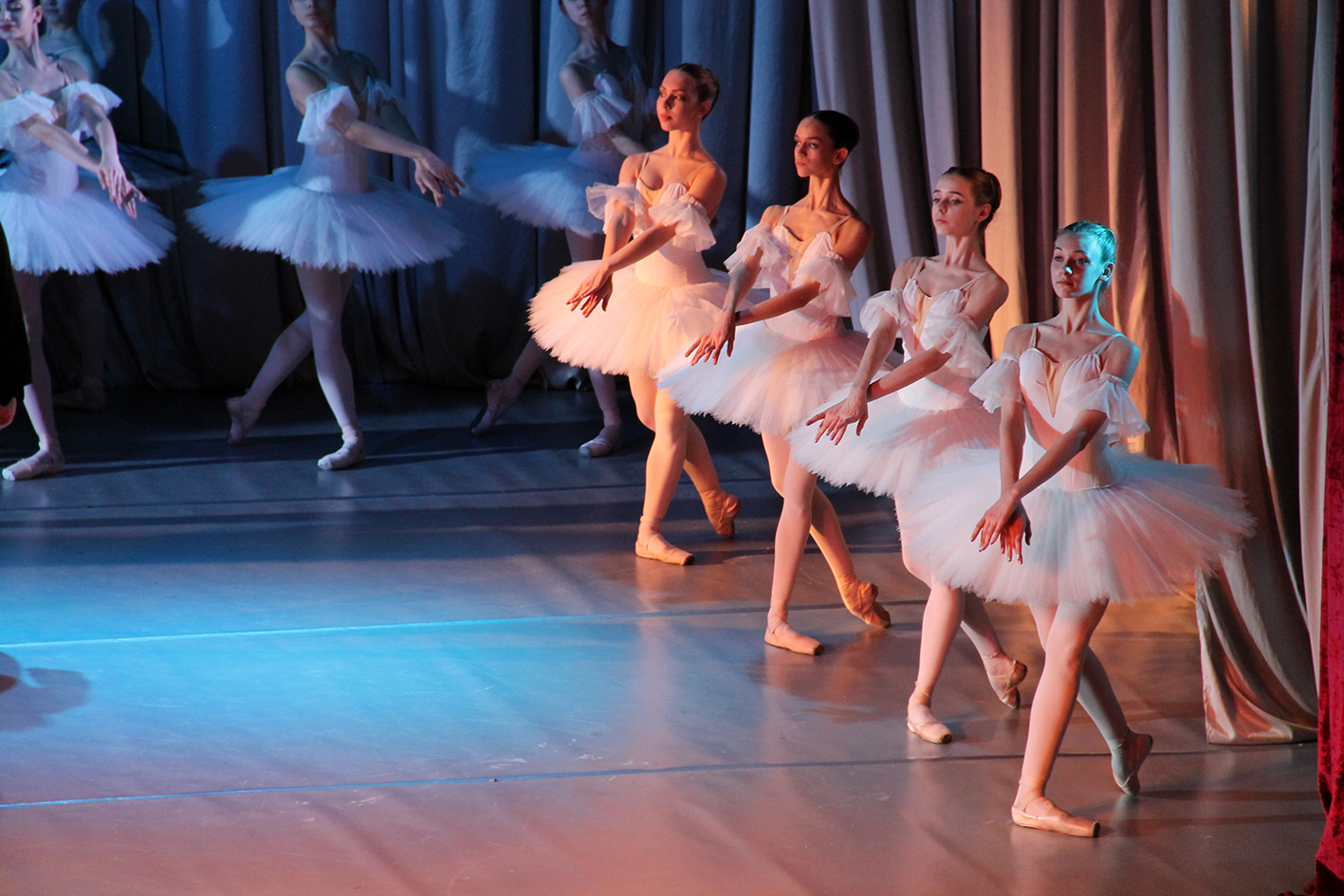 Феєрична чернігівська прем'єра балету «Лифар-сюїта» у філармонійному центрі (Фото)