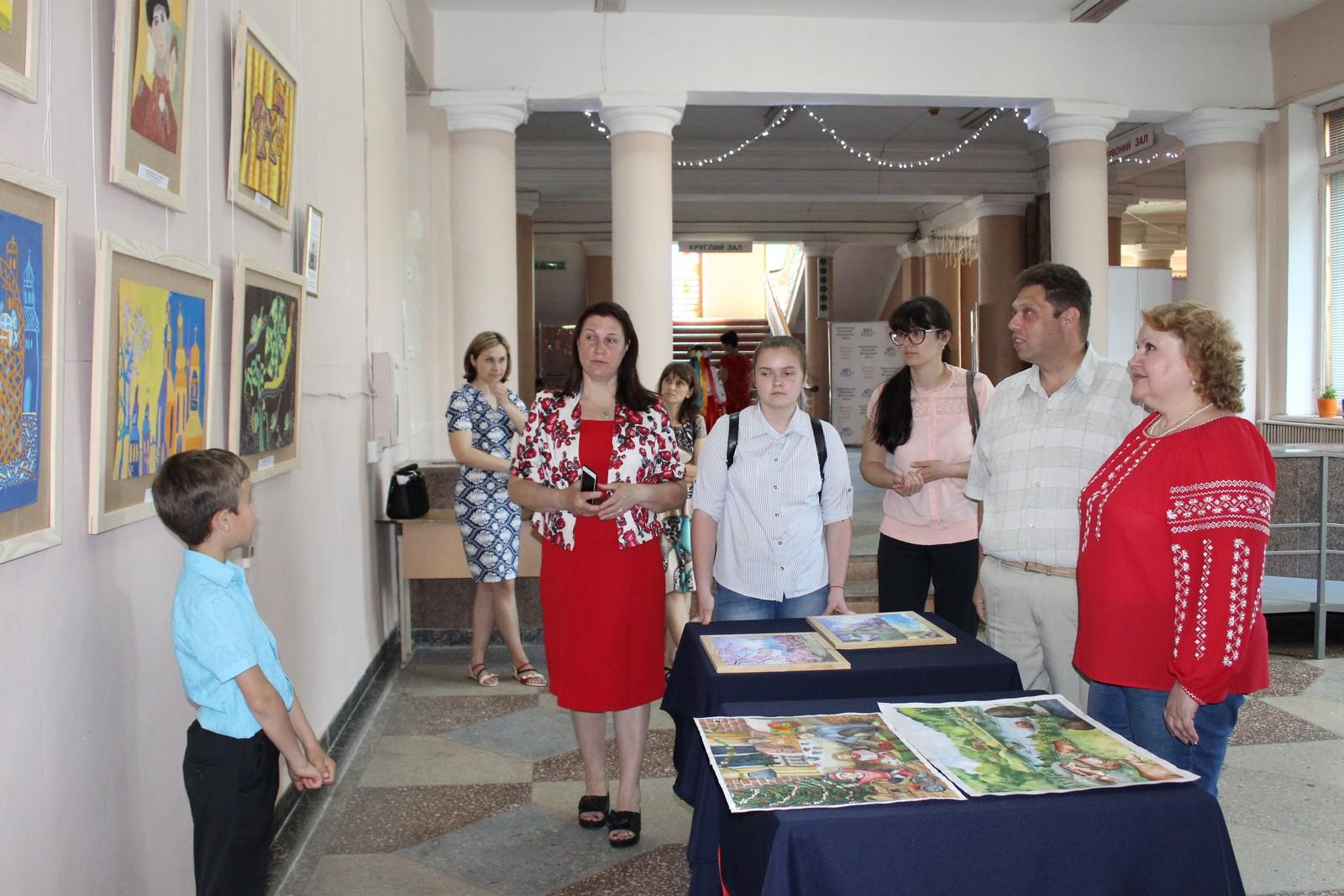 У Чернігові відбувся фестиваль-конкурс для талановитих багатодітних родин (Фото)