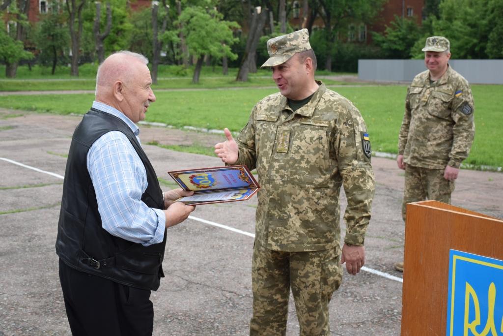 Військові науковці з Чернігова отримали нагороди (Фото)