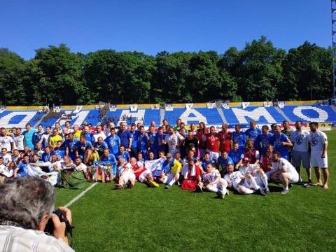 Збірна з воротарем із Чернігова стала переможцем чемпіонату Європи з футболу серед ветеранів (Фото)
