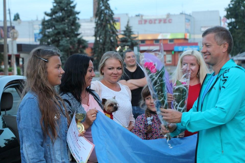 У Ніжині зустріли дівчат, які привезли перемогу з Туреччини (Фото)