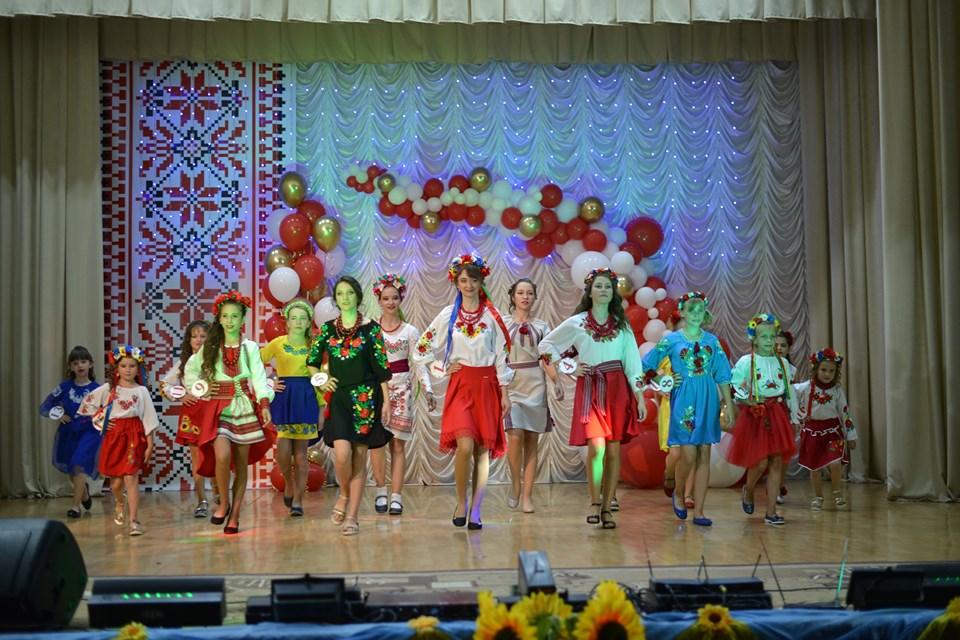 На Ніжинщині пройшов дитячий конкурс краси (Фото)