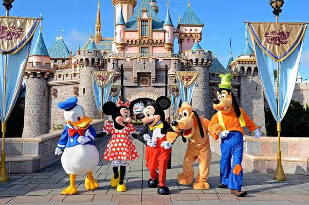 Disneyland-Paris-1