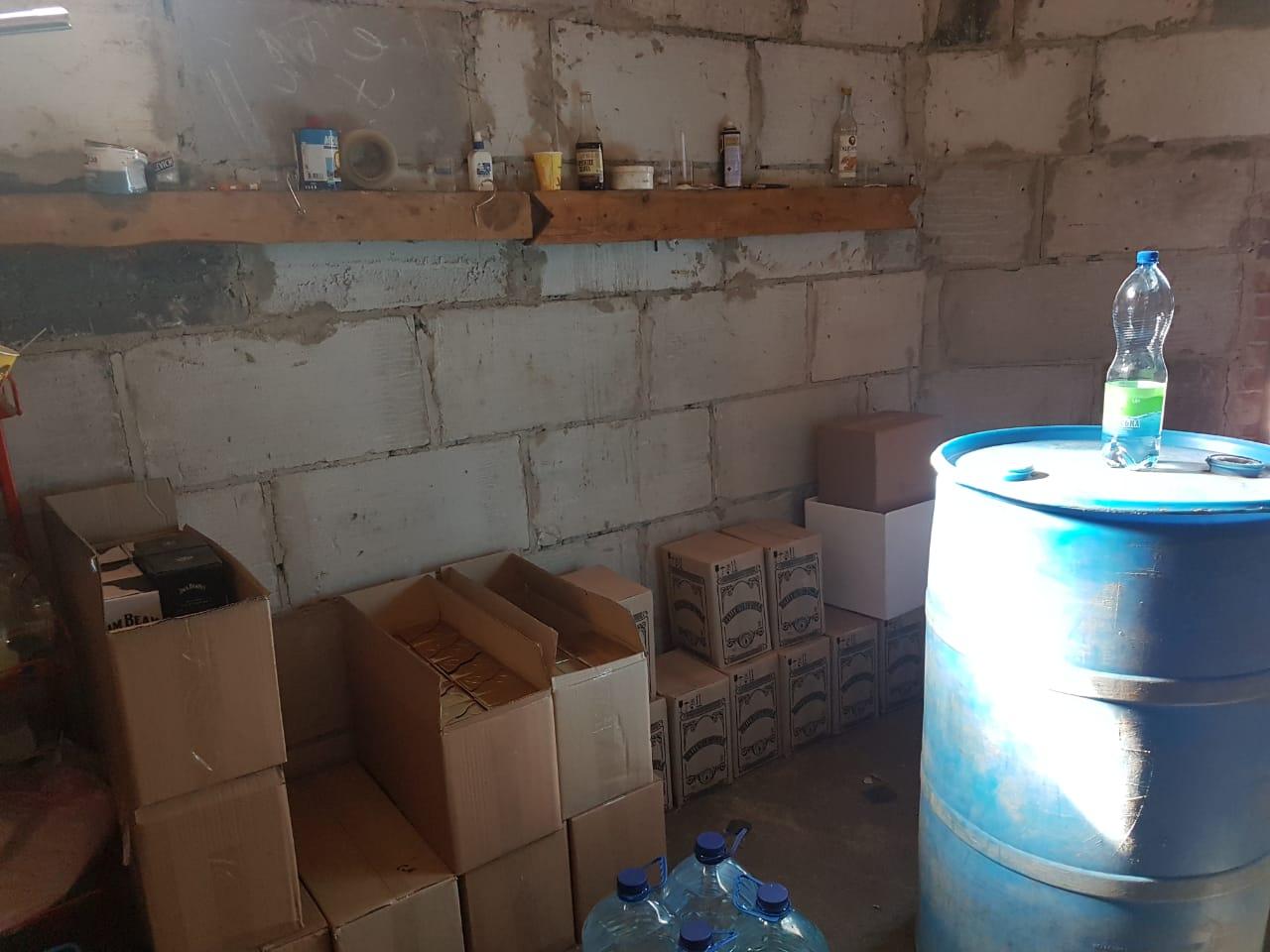 У Чернігові викрили черговий підпільний цех (Фото)
