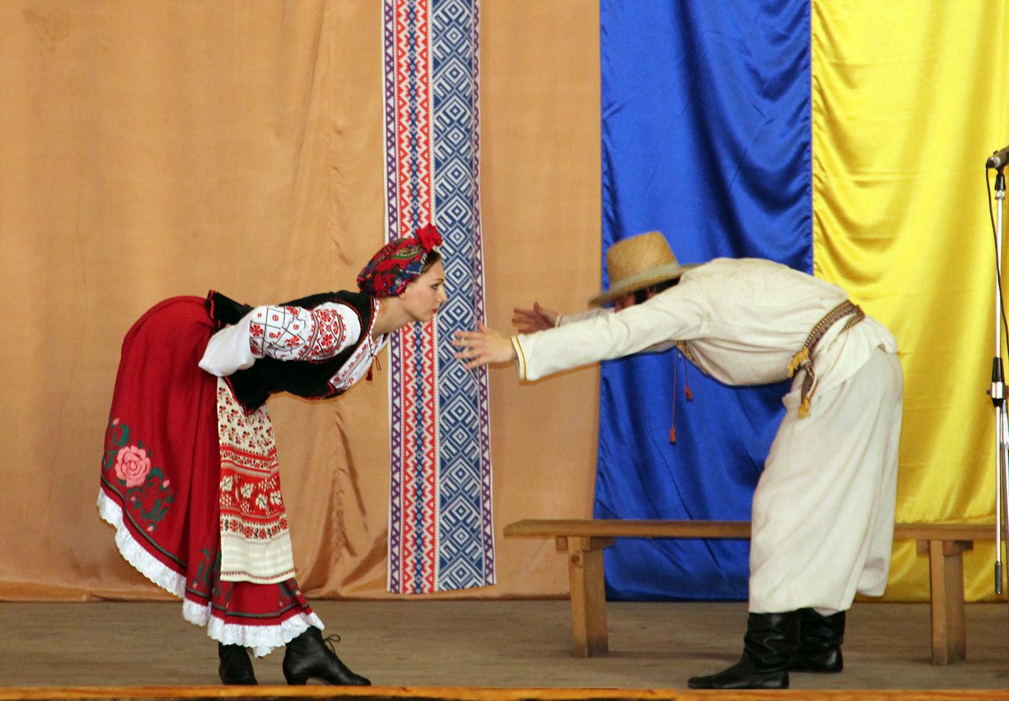 Академічний народний хор привітав танкістів з Днем Конституції України (Фото)