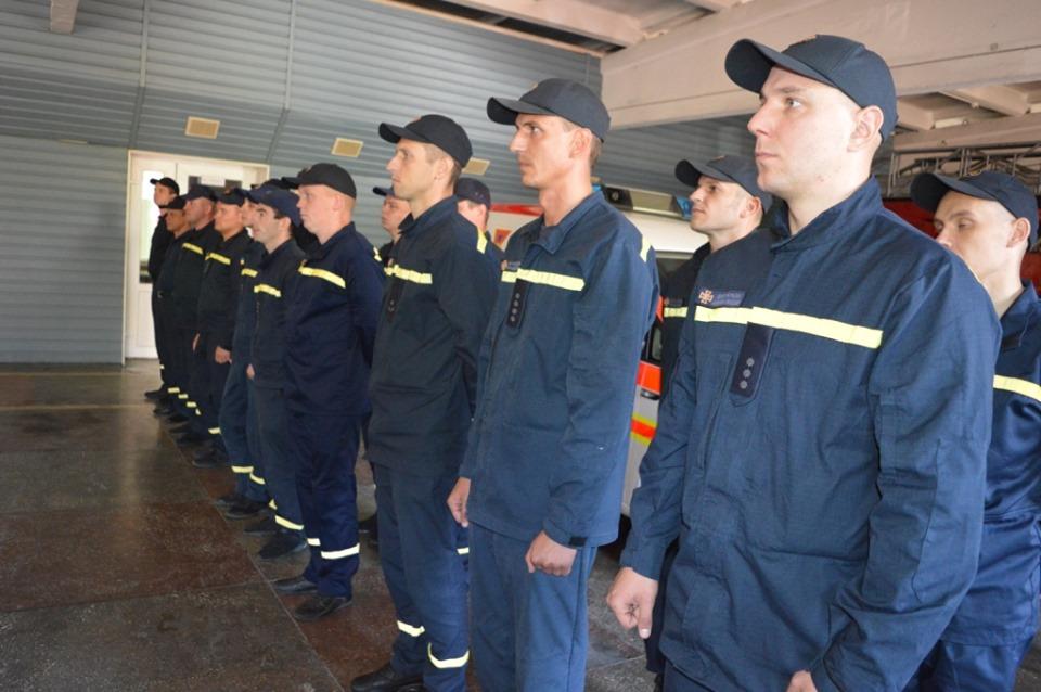 Чернігівські рятувальники отримали сучасний пожежно-рятувальний автомобіль