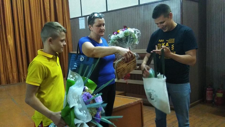 Наймолодший в історії чемпіон Європи зі стрибків у воду Олексій Середа відвідав рідну Сосницю (Фото)