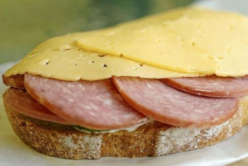 Дорогою, картинки бутерброды с колбасой и сыром