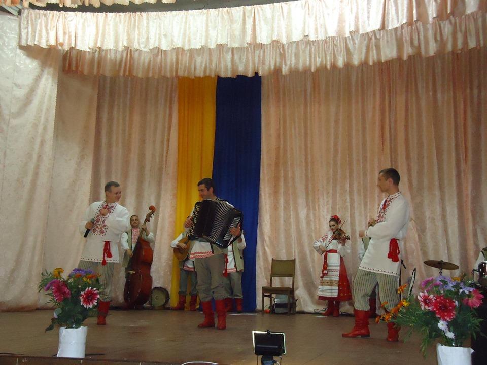 """""""Сіверські клейноди"""" побували на святі села (Фото)"""