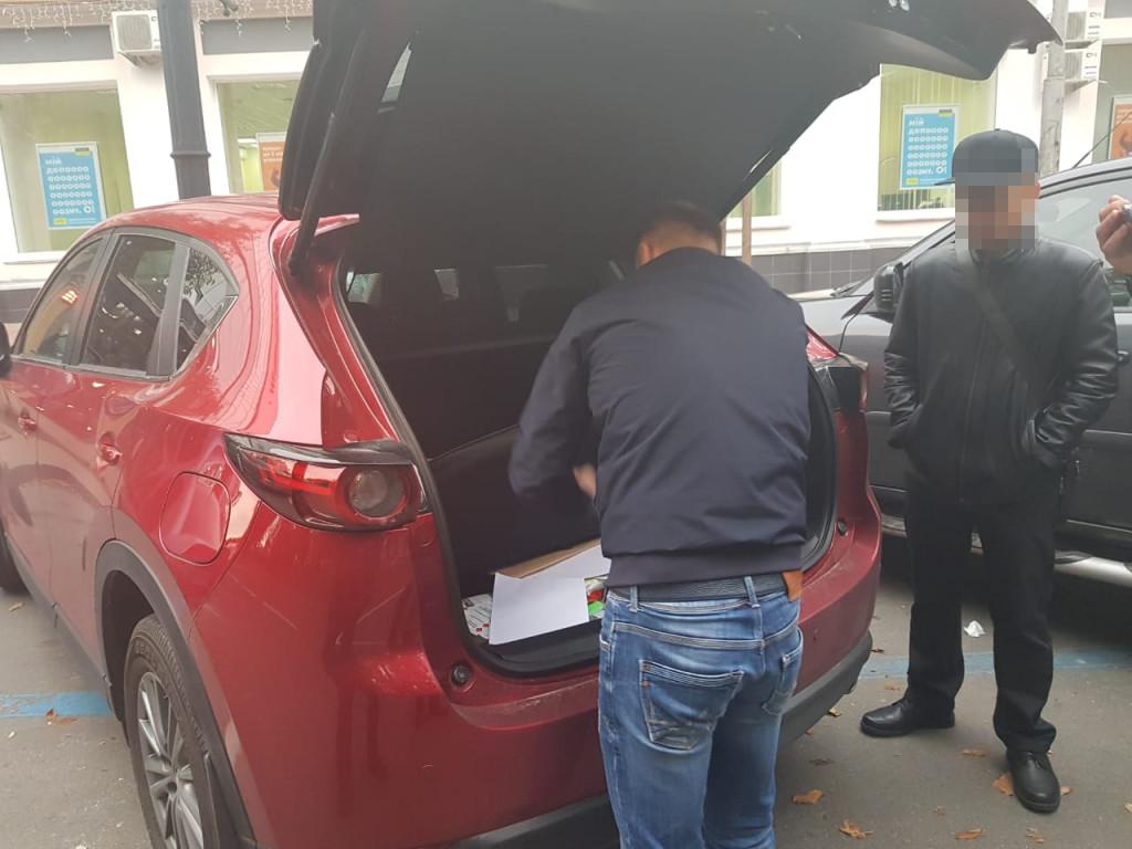 На Чернігівщині СБУ затримало керівника митного посту (Фото)