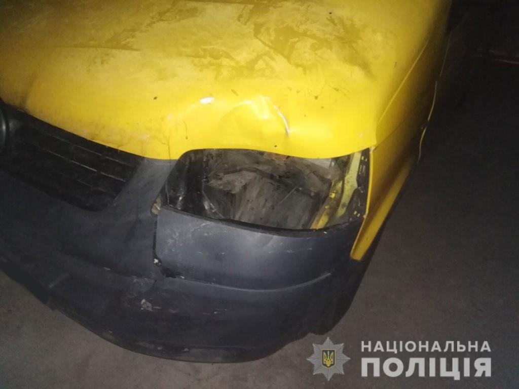 Поліція затримала водія, який збив 14-річну дівчину під Черніговом та втік з місця ДТП (Фото)