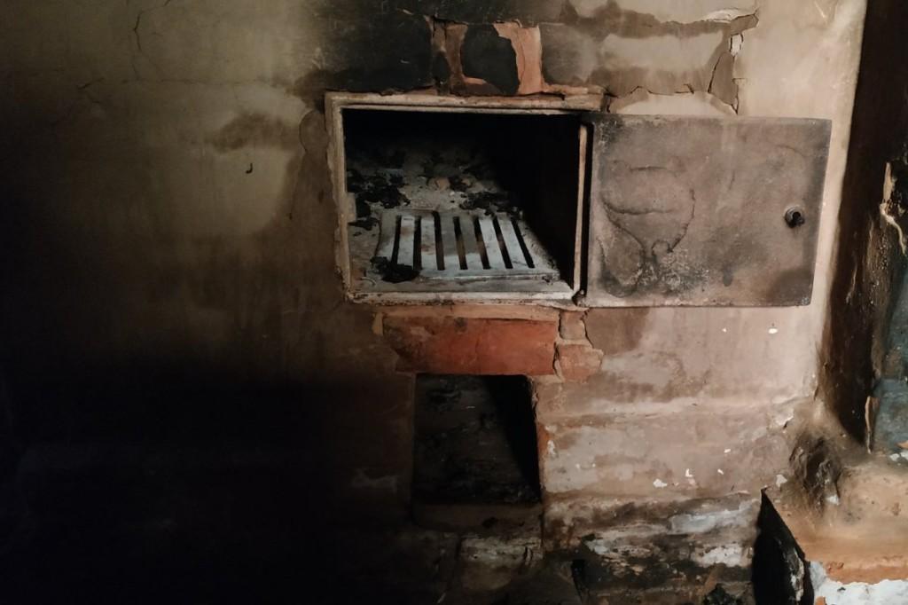 На Чернігівщині під час пожежі будинку загинув господар (Фото)
