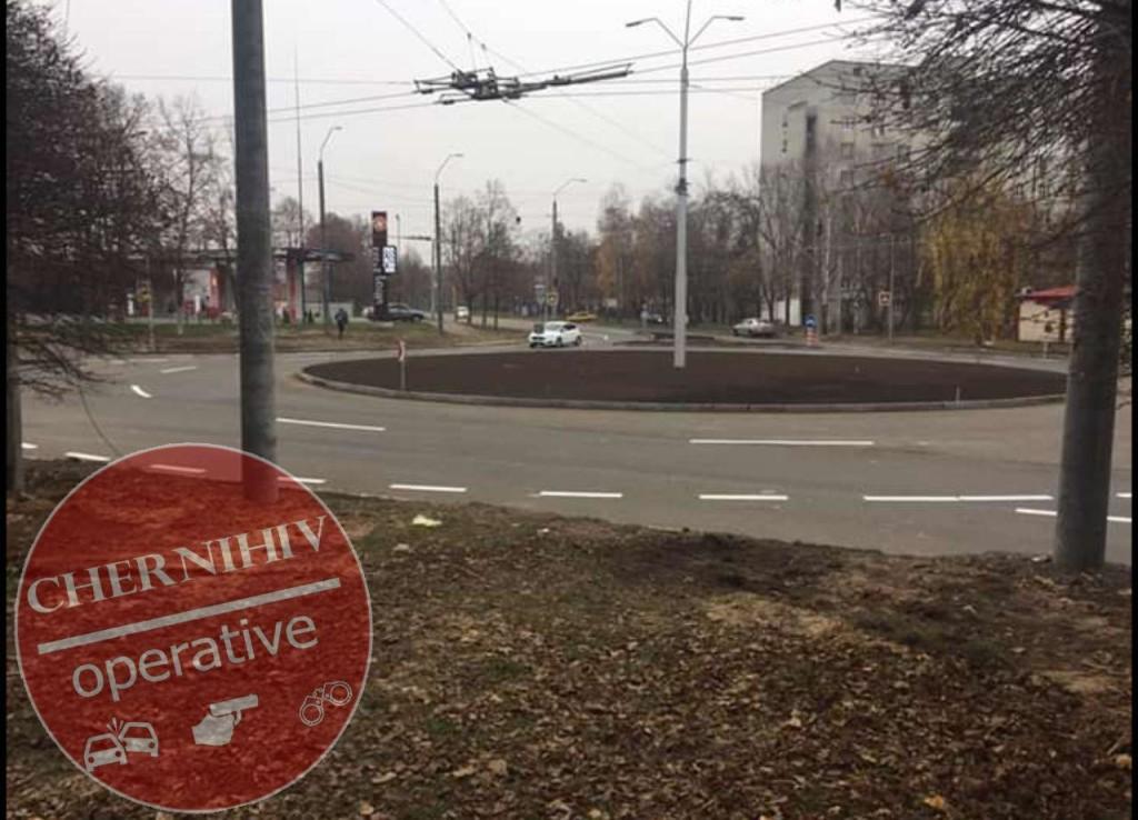 Проїзд по колу на перехресті вулиць Белова та 1-го Травня вже відкритий (Фото)