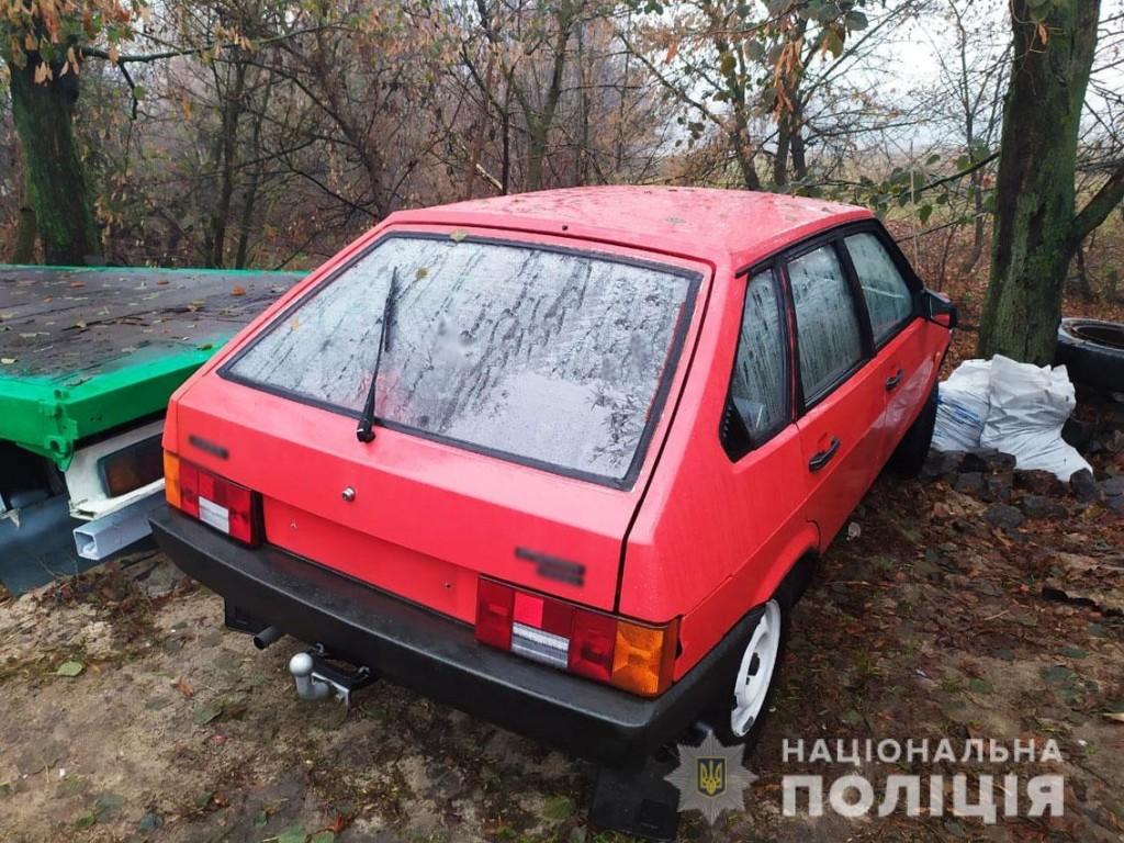 На Чернігівщині поліція розкрила серію викрадень авто та мототранспорту (Фото)