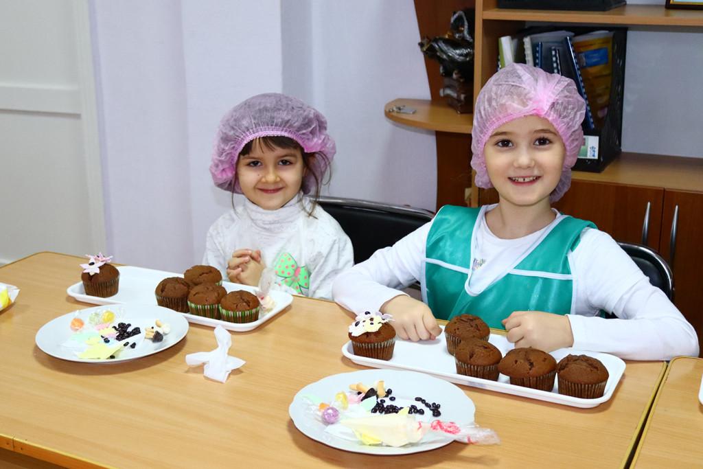 Діти полеглих Героїв Чернігівщини взяли участь у кулінарному майстер-класі (Фото)