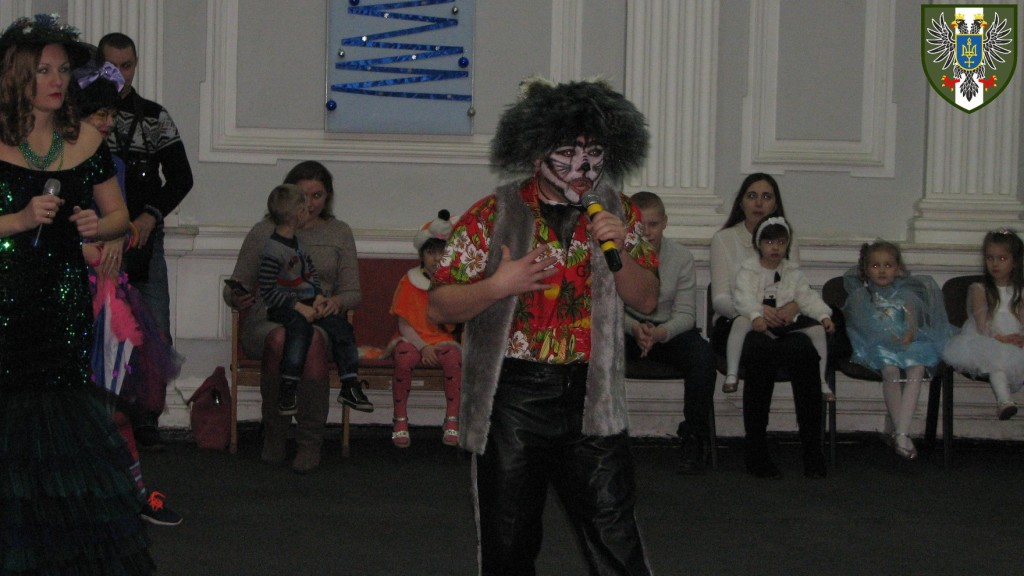 Дюдюка Барбідокська та Полкаша-Хулігаша: свято для дітей військовослужбовців (Фото)