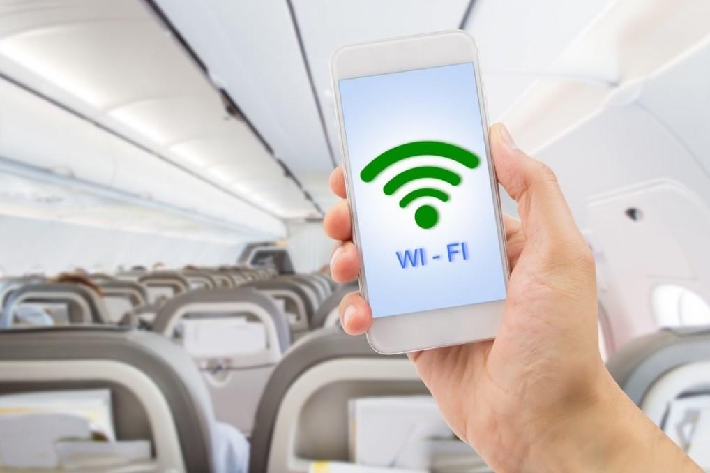 The-Wifi-At-My-Flight-1240x825