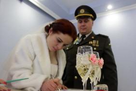 Весілля на передовій_003