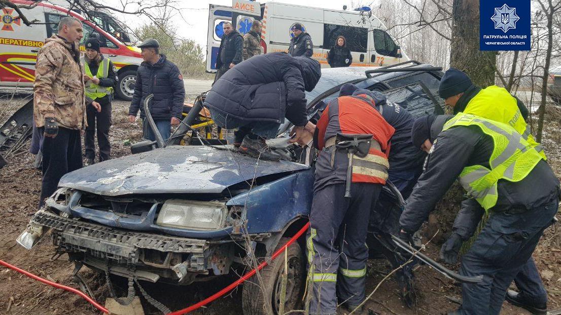 ДТП на автодорозі Чернігів-Київ: постраждали кияни (Фото)