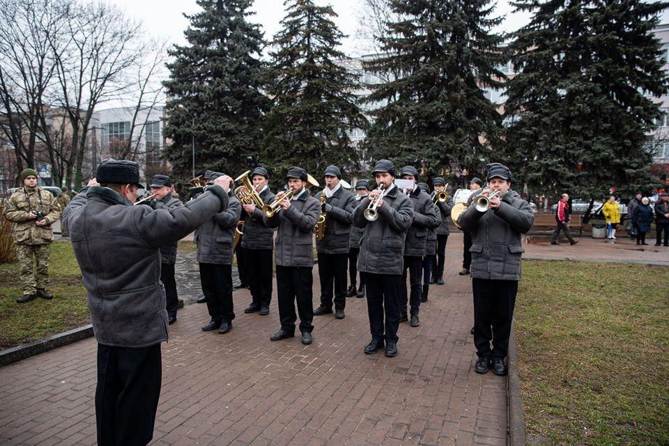 Сьогодні у Чернігові вшанували пам'ять загиблих в афганській війні (Фото)