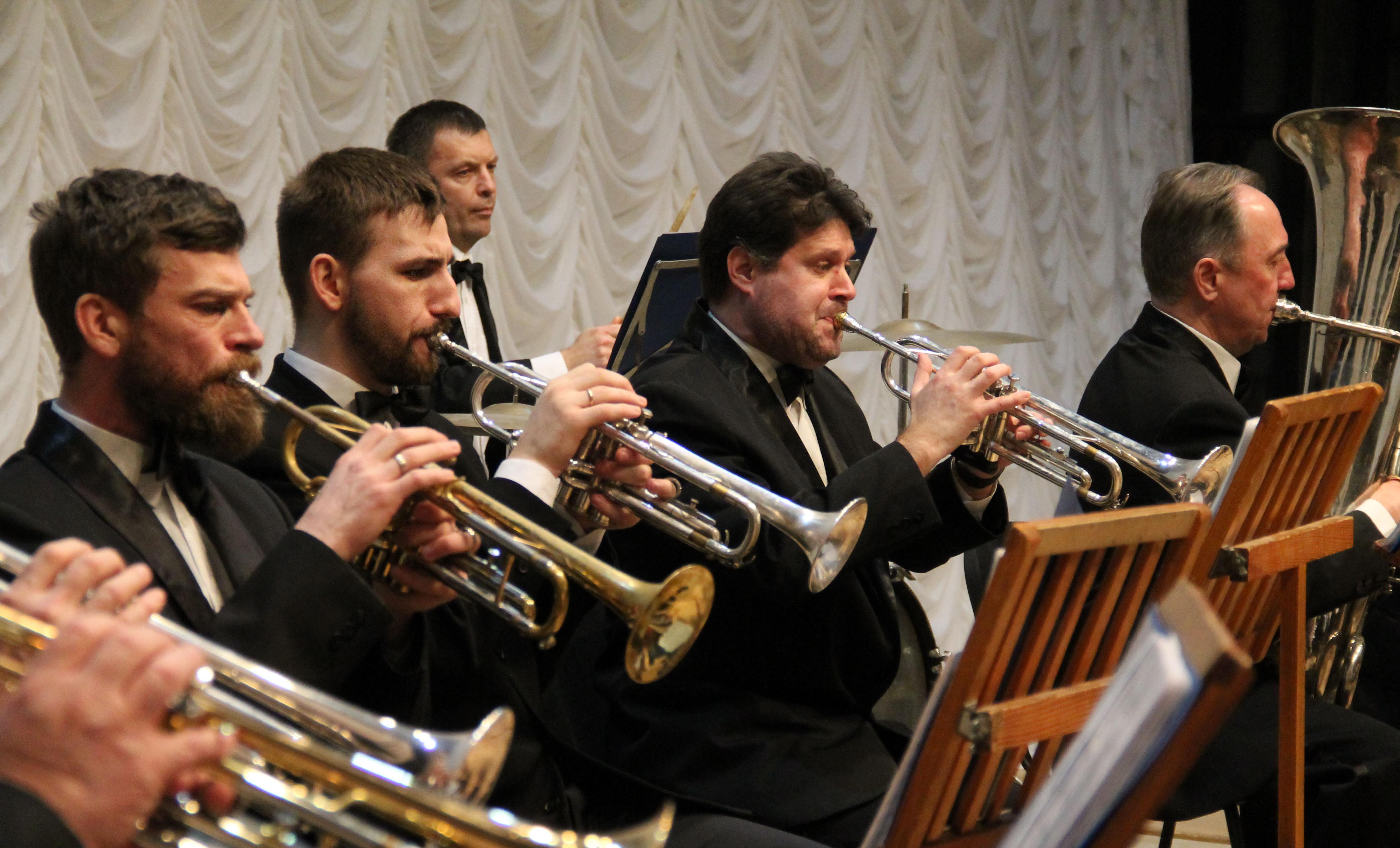 «А музика звучить» у виконанні Духового оркестру (Фото)