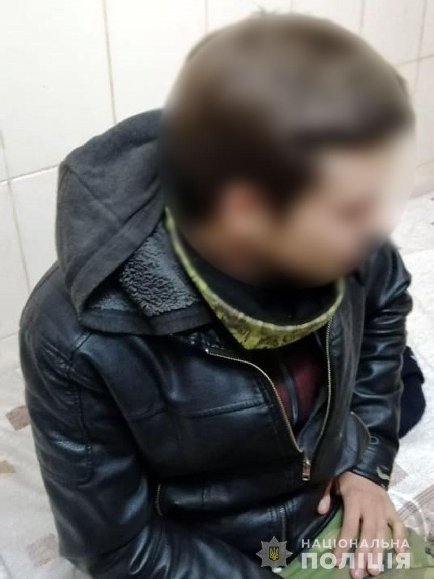 У Сновську поліція склала протокол на двох захмелілих товаришів (Фото)